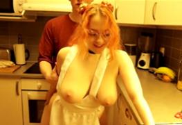 A cozinheira é a sobremesa