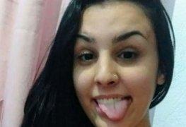 A novinha Fernanda de SP caiu na net