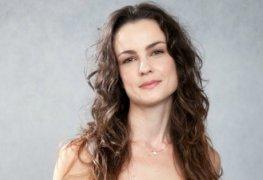Carolina kasting pelada em cena de sexo na novela valor da vida