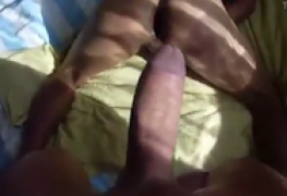 Comendo o cuzinho guloso