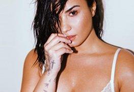 Demi Lovato nua em fotos vazas por hacker