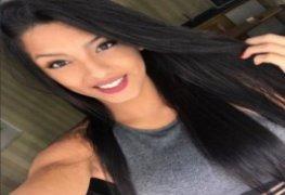 Fernanda novinha linda universitaria provocou e vazou pelada