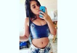 Fotos amadoras da ninfeta gostosa mandou nudes no grupo e vazou na net
