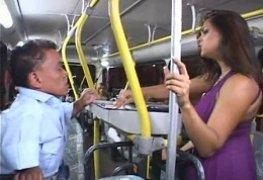 Ju pantera putaria no ônibus