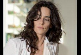Mariana lima pelada mostrando a buceta na série assédio