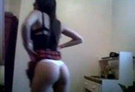 Ninfeta ficou peladinha na frente webcam