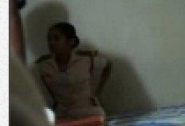 Polemico video proibido em sri lanka da soldada q caiu fudendo