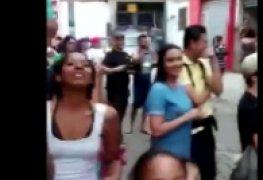 Safada causando na favela virou maior bagunça