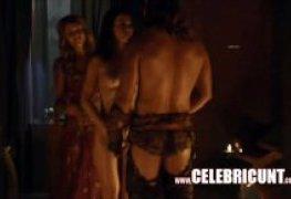 Spartacus varias senas de sexo e putaria no seriado