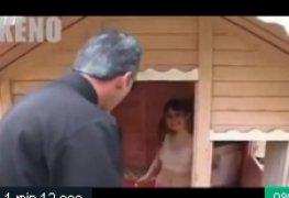 Video polemico brincando de casinha com a filha de um amigo